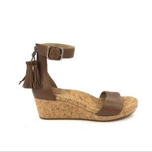 NWOT Ugg Zoe brown tassel zip cork wedge sandal 7